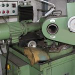 Froehlich M 480 AC Twist drill grinding machine
